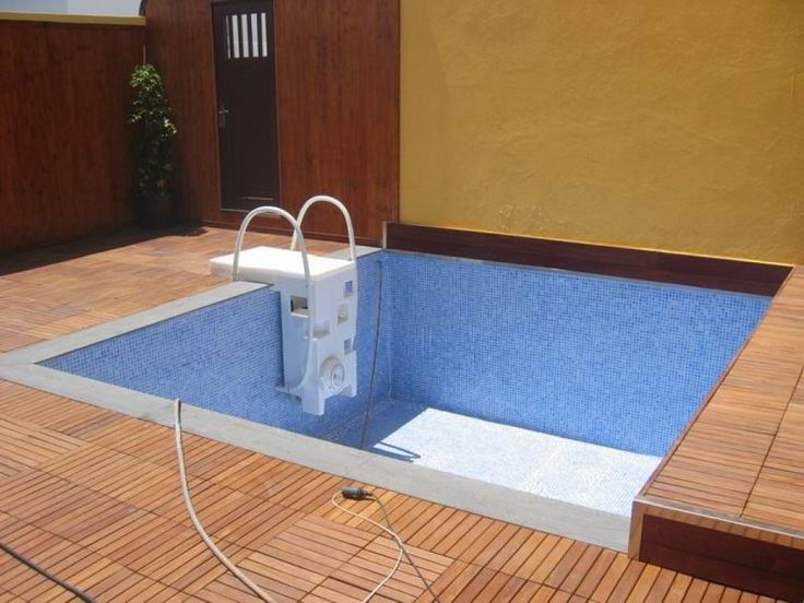 67 best images about piscina on pinterest decks madeira for Disenos de albercas para casas pequenas
