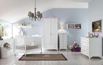Come arredare la camera di un neonato: le idee più belle - Ecco le idee più belle per arredare la camera di un neonato, senza trascurare funzionalità e comfort.