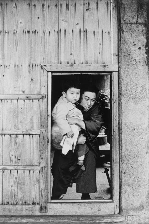 "Ikko NARAHARA :: Island without Green―Gunkanjima: Wooden Spray-protection Panels from ""Human Land″, 1954-57"