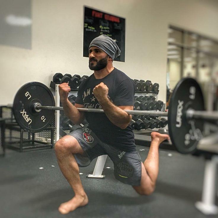 Zercher split squats