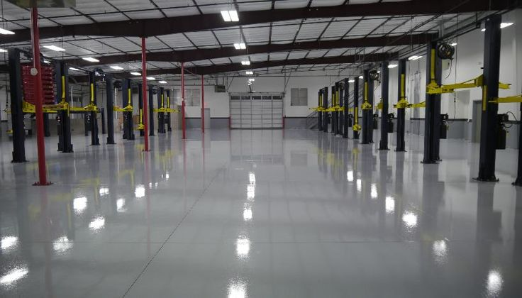 Epoxy floor in motor vehicle workshop