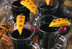 Hot Wine / Vin Fiert :: Romanian Food Recipes