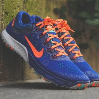 Conquer trails in these vibrant Nike Zoom Terra Kiger trailrunning shoes.  The relatively minimal upper and forefoot cushioning not only provide you  with a ...