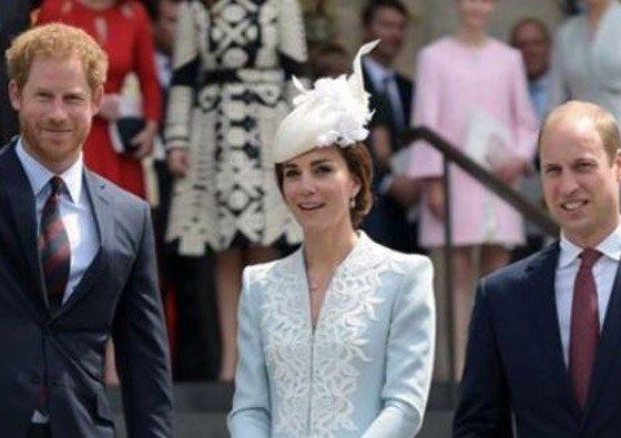 Prins William, prins Harry en Kate herdenken Diana - Het Nieuwsblad: http://www.nieuwsblad.be/cnt/dmf20170702_02952731