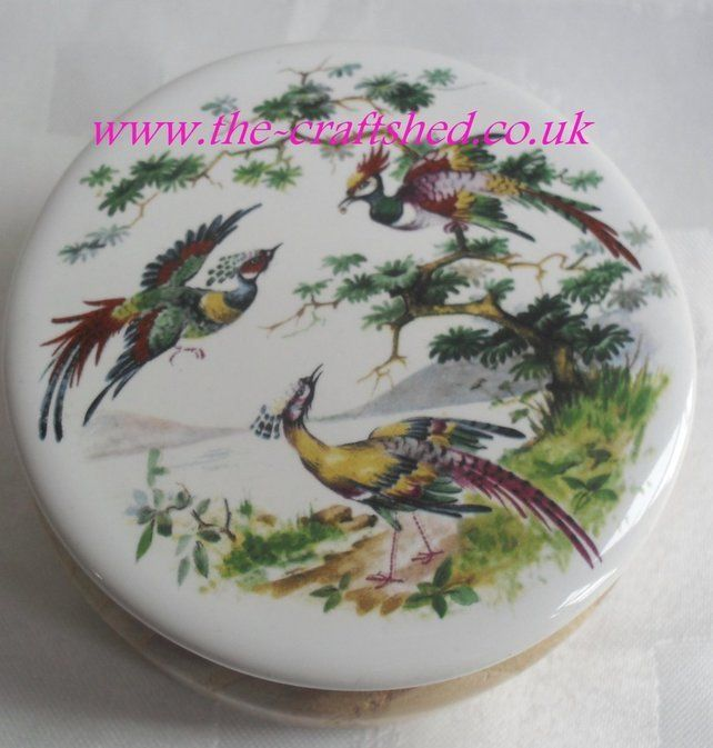 LoVeLy TRINKET JEWELLERY BOX CONTAINER ASH (WOOD) BIRDS CERAMIC LID Hand Crafted £6.99