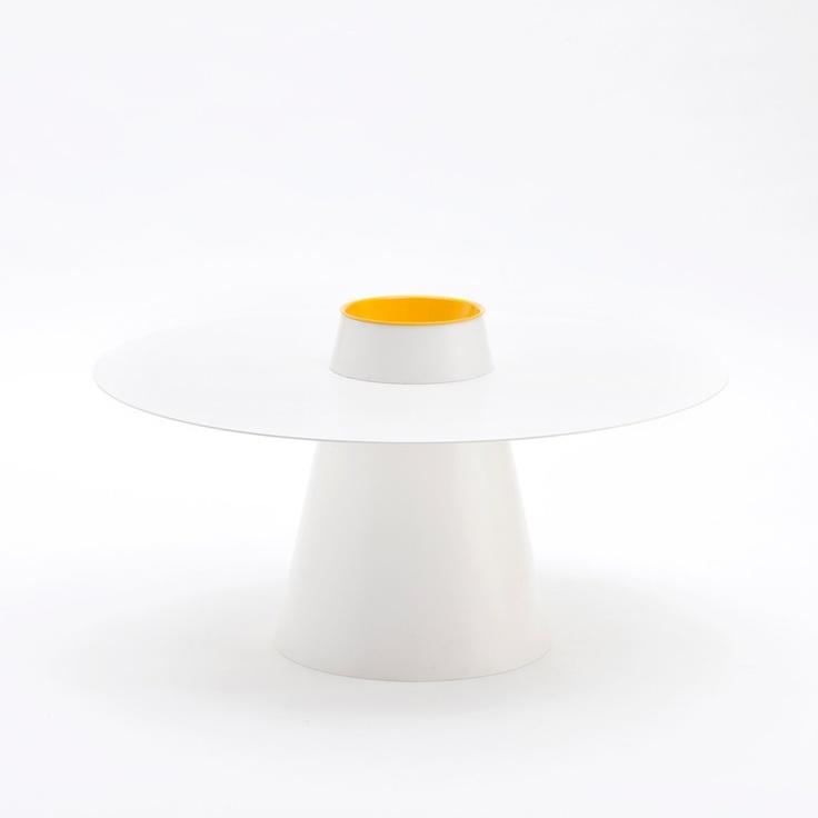 Coffee-table El Sombrero by Studio 06 per YOUTOOL, prodotto da Curti Metallo $383
