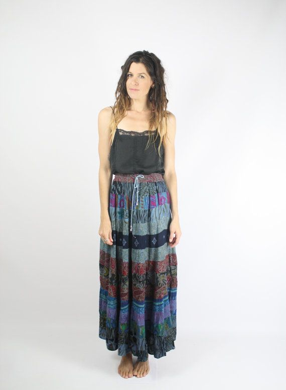 Boho vintage Broomstick skirt, 90s Patchwork Maxi skirt, Hippie skirt, Indian Festival skirt, Crinkle skirt, Medium Large