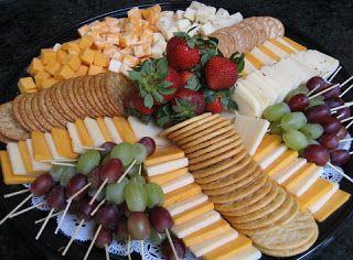 Cracker & Fruit Platter w/ Cheese