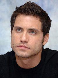Édgar Ramírez Arellano ( San Cristóbal, Táchira, 25 de marzo de 1977) es un actor venezolano, de cine y televisión, ganador de un Premio César y nominado al Globo de Oro a los Emmy Awards.