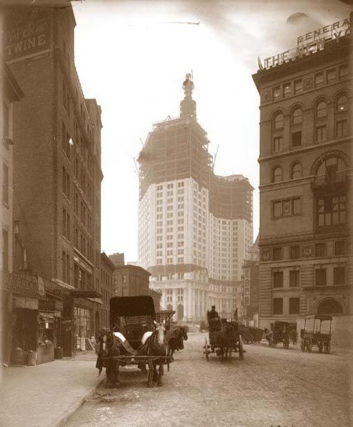 New York Architecture...Municipal Building under construction, 1904. McKim. No cars.