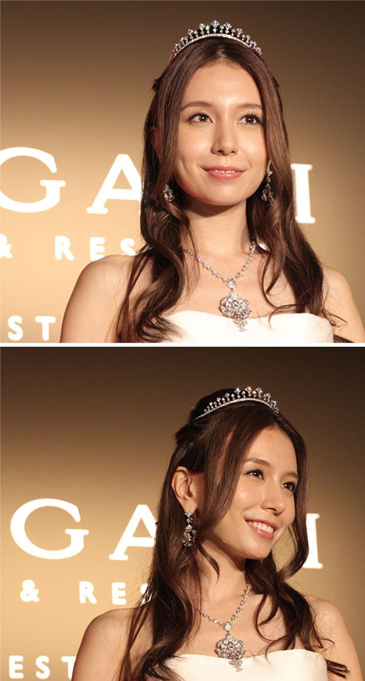BVLGARI diamond tiara, 19.73 ct, and diamond necklace, 22.29 ct