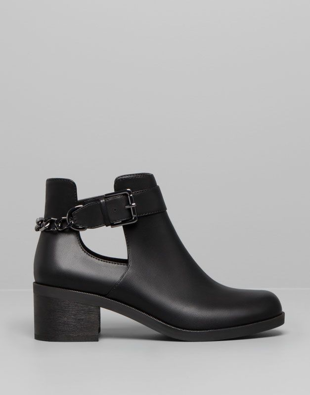 Pull&Bear - woman - black & white - high heel ankle boots with chain detail - black - 15285311-I2014
