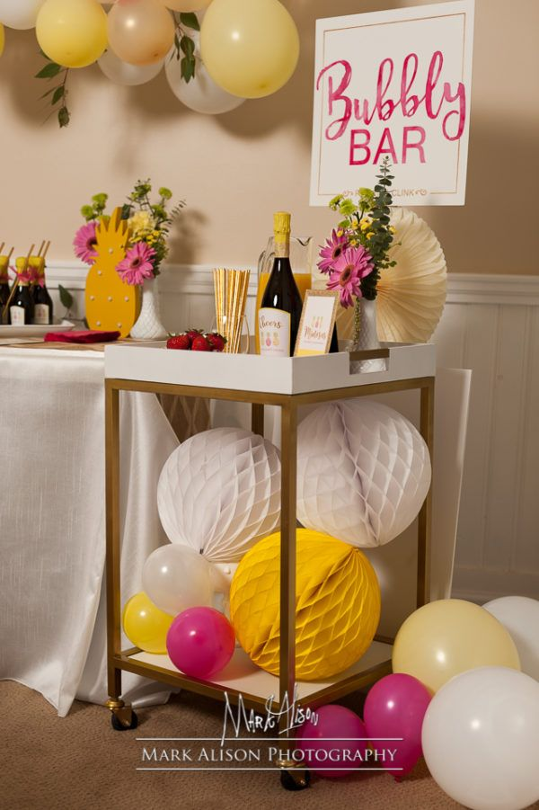 Bubbly Bar for a Pineapple Bridal Shower! http://blog.shop-fancythat.com/2016/10/pineapple-bridal-shower-feature/