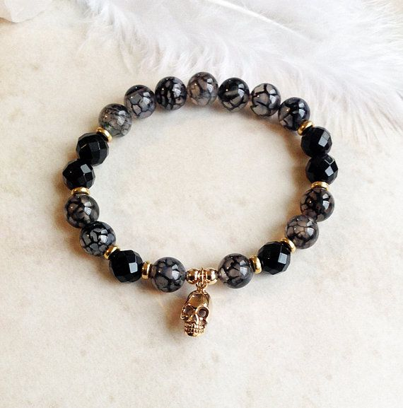 Ghoulish Charm - Dragon's Vein Agate and Onyx Skull Bracelet by InnerFireJewelry $28 - Click pic to buy now! #innerfirejewelry #skulljewelry #dayofthedead