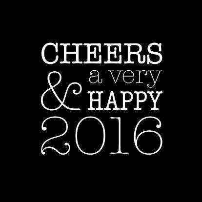Moderne typografische nieuwjaarskaart voor 2016 met typemachineletters. Design: Heleen van Buul Te vinden op: www.kaartje2go.nl