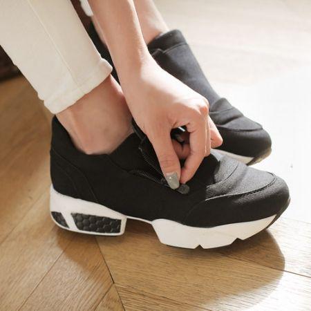 Womens Clothing Store [VANILLAMINT] Jamie Shoes / Size : 225-250 / Price : 71.01 USD #dailyllook #dailyfashion #fashionitem #shoes #skeakers #codyitem #accessory #ootd #vanillamint http://en.vanillamint.net/ http://cn.vanillamint.net/ http://jp.vanillamint.net/