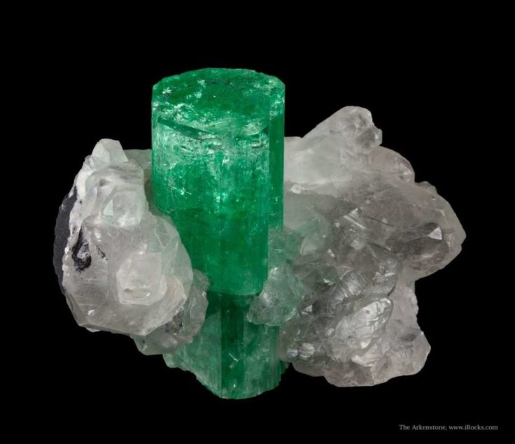 Emerald Value  Like many stones, the per carat price of fine quality emerald escalates rapidly with size. For example, a recent price guide lists a fine quality 3-carat Colombian stone as six times more valuable than three equivalent quality 1-carat stones.