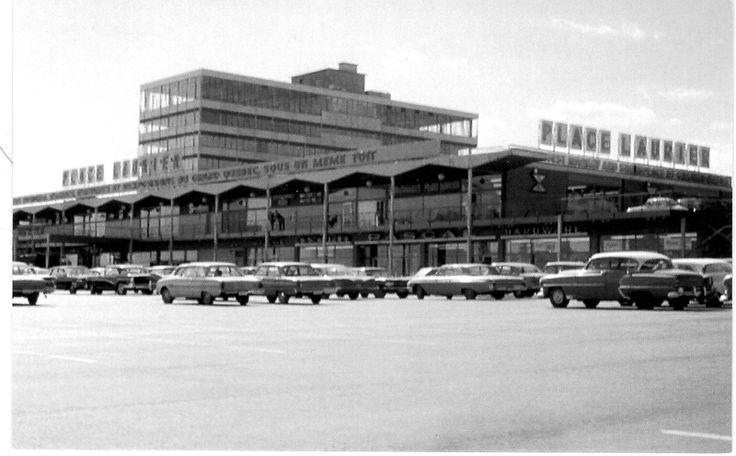 PLace Laurier en 1965