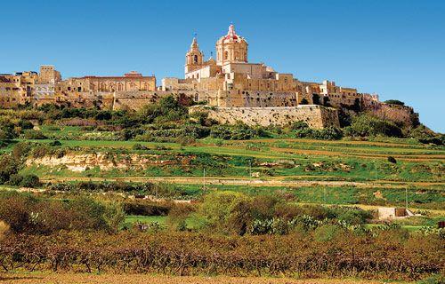 The fortified city of Mdina, Malta | Best winter sun destinations | http://www.weather2travel.com/blog/best-winter-sun-destinations.php #travel #weather