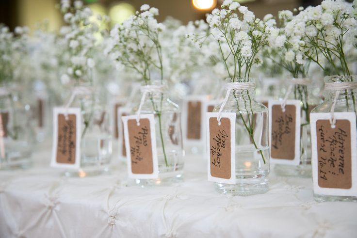 Dual seating assignment and wedding guest gift #apothecarybottles #babiesbreath #wedding #guestgift #seatingassignment