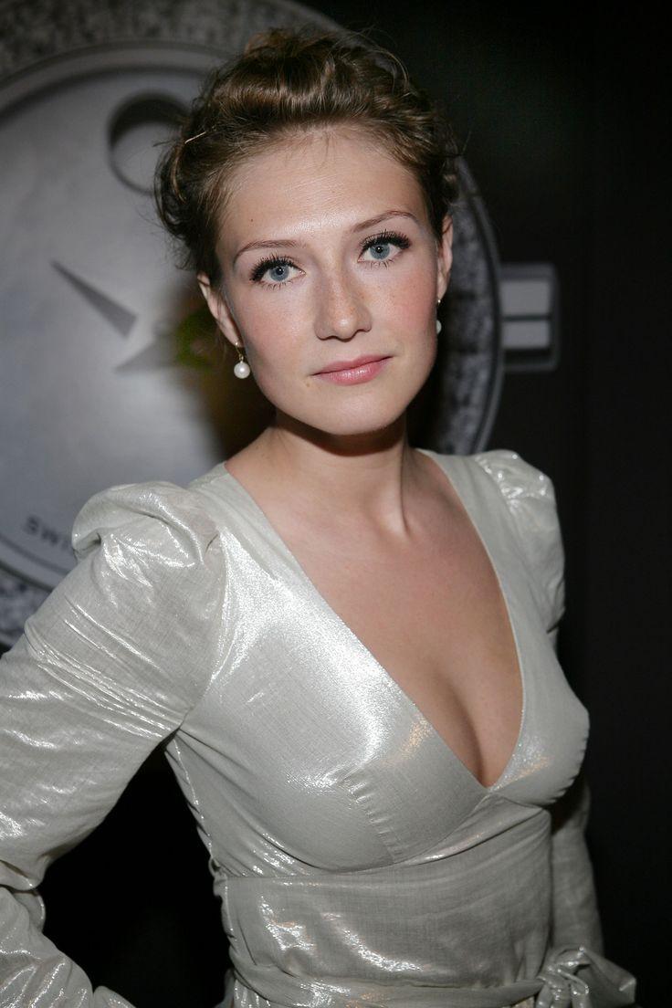Carice van Houten - IMDb