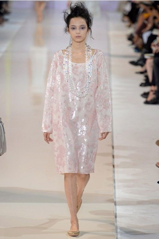 Rochas -ss14 - pink and watch the necklace !