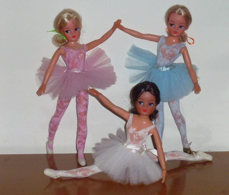Ballerina Sindy Dolls. Photo: Our Sindy Museum, facebook. #sindy
