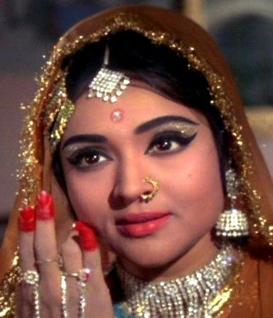 1000 images about old bollywood on pinterest indian for Old indian actress photos