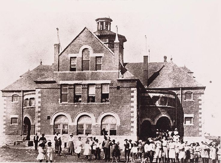 Killeen High School 1921 Killeen Bell Co Tx My Great Grandmother S House Was 2 Blocks South At 223 W Ave D Texas History Killeen West Virginia