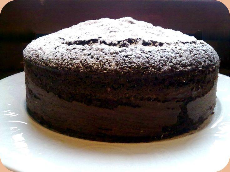 E' la piu' soffice torta al cacao mai fatta!Si presta benissimo ad essere farcita con creme varie e non necessita di bagna,ottima base per t...