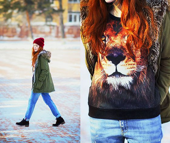 Sheinside Black Round Neck Long Sleeve Lion Print Sweatshirt, Sheinside Green Fur Hooded Long Sleeve Drawstring Coat, Mango Boyfriend Jeans