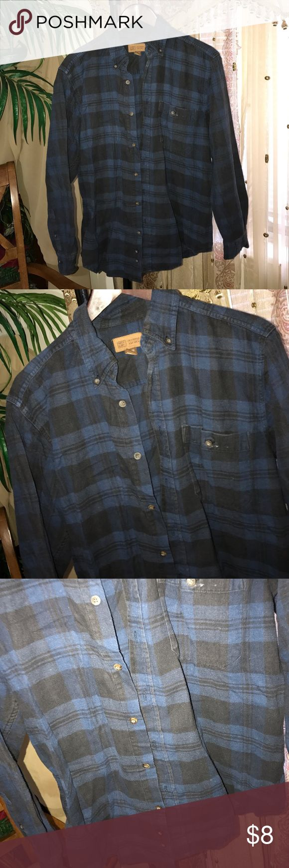 Plaid Shirt. This is a worn men's plaid shirt, but if you're into this style it's still perfect! It's a men's size 38/40. I wore this over tank tops. Perfect if you like oversized plaid shirts or to wear around your waist. Perfect for a small/medium woman for a oversized feel. Bundle to save. Faded Glory Shirts Casual Button Down Shirts