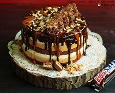 Как приготовить торт Сникерс, рецепт от Людмилы Перминовой