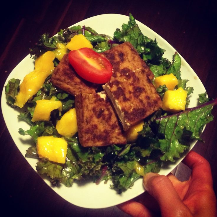 Tofu Mango Salad. great summer #vegetarian #glutenfree #salad packed with protein vitaminC and fibre