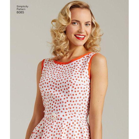 8085, Sun eenvoud, 50 s Vintage, jaren 1950 Wrap Dress jurk patroon, jurk, zonder mouwen, Retro patroon, 50 s huis jurk, herdruk patroon  Deze grote missers Vintage jaren 1950 wikkel jurk uit de jaren 1950-kenmerken een midi-jurk met drie binden sluitingen op de achterkant van de rok en aparte riem, en een mini jurk met grote patch zakken met een bijgevoegde verpakt gordel die vooraan banden. Eenvoud naaien patroon  ** Naaiende patronen zijn grootte niet gewijzigd voor de nieuwe ijdelheid…