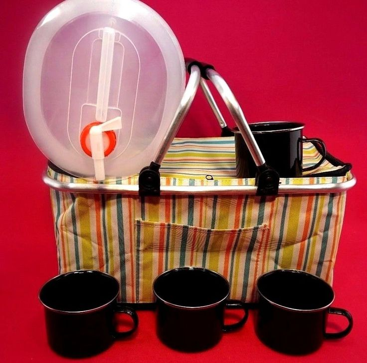 FAMILY PICNIC  COOL BAG BASKET HAMPER CUPS WATER BOTTLE  HIKING CAMPING HOLIDAY