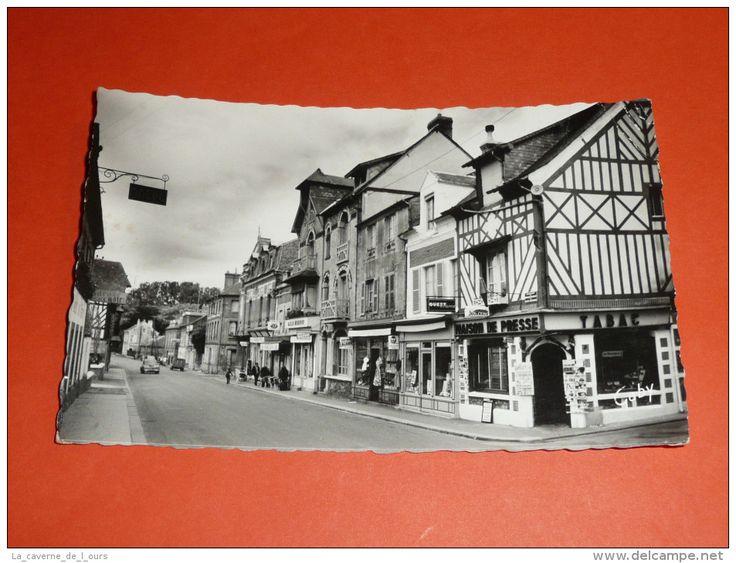 CPSM Dentelée, Carte Postale, Calvados 14, Livarot, Rue Marcel Gambier, Animée Commerces
