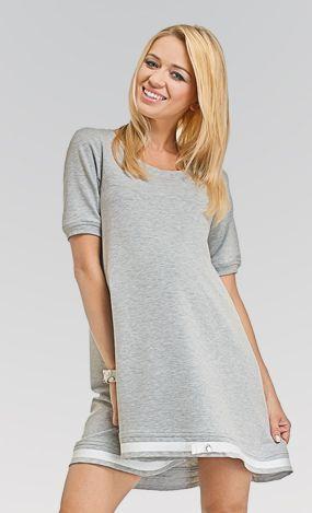 Pentru un look urban, modern, simpatic si girlish, alege tunica Lala. Poti sa o porti ca atare - ca pe o rochie mini - sau poti sa o asortezi la o pereche de jeansi sau leggings.  #maternity #dress #babybump #fashion