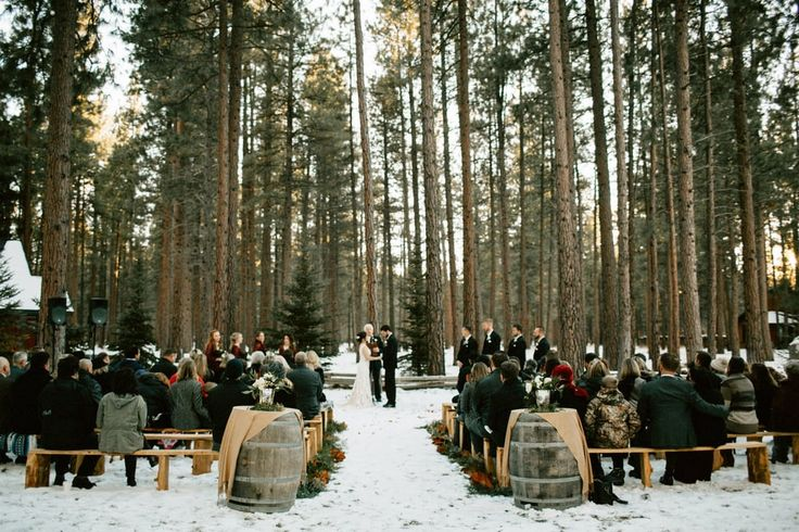 FivePine Lodge Winter wedding. Central Oregon destination. Sisters, Oregon. Bethany Small Photography