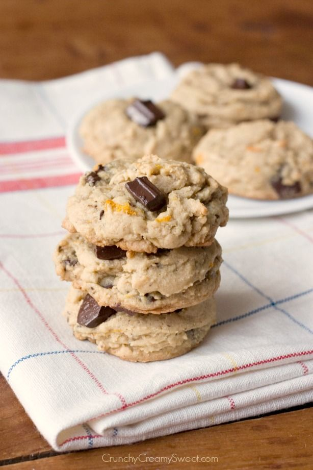 Dark Chocolate Orange Cookies - soft and chewy cookies packed with citrus and chocolate!