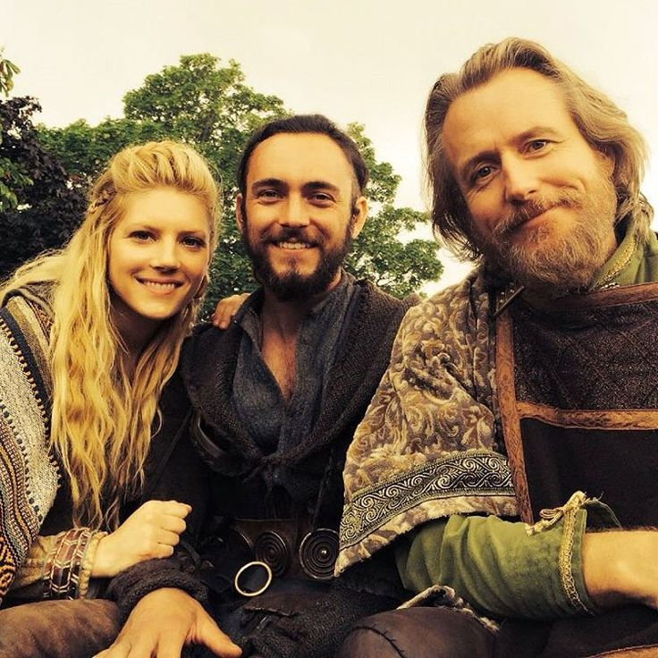 The Shield-maiden.. the Monk and the King...Love working with these dude's, @GBLAGDEN and Linus Roache! - @katherynwinnick #Vikings #Lagertha