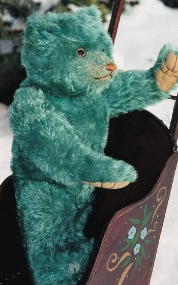 This magnificent 16-inch Teal Blue English Farnell teddy bear is from the Roaring '20s. (See other pins with this pic for more interesting facts about this bear.)