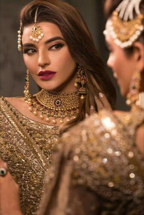 Pakistani couture sadia khan