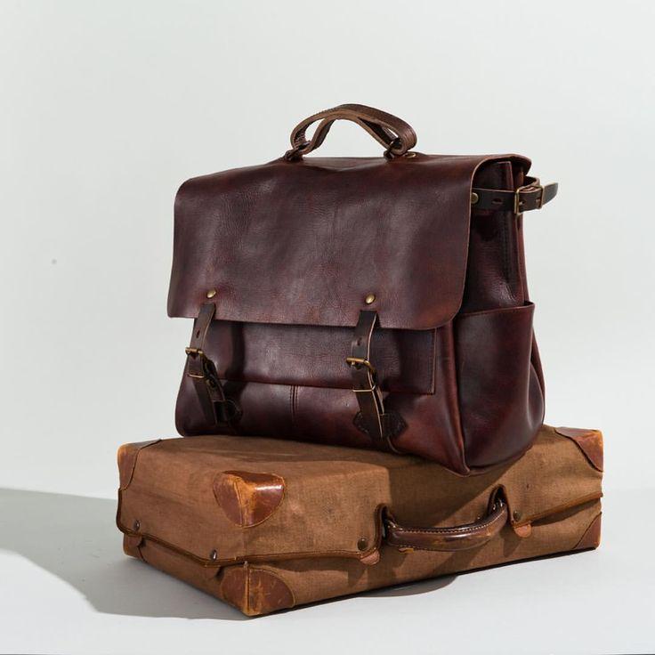 Bleu de Chauffe | Men | Leather 48H business bag | Postman Bag Irving | Sac cuir homme made in France