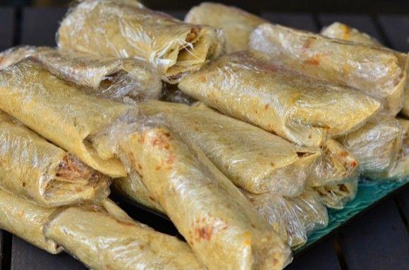 Make and FREEZE Chicken Quinoa Burritos from ReluctantEntertainer.com
