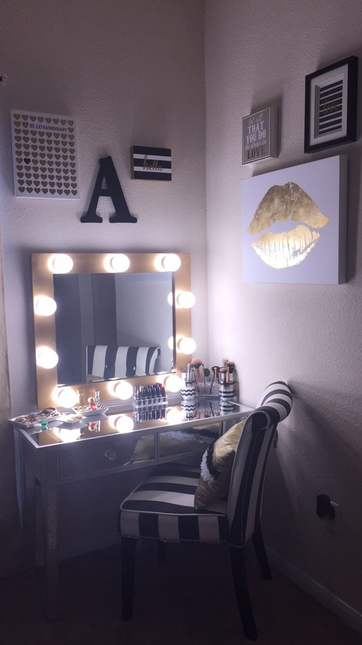 DIY makeup vanity! Hollywood Mirror with lights. Black, Silver, White, & Gold. vanity ...