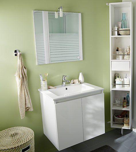 srnit et fracheur dans la salle de bains avec un mur peint en vert d - Cuisine Vert Eau