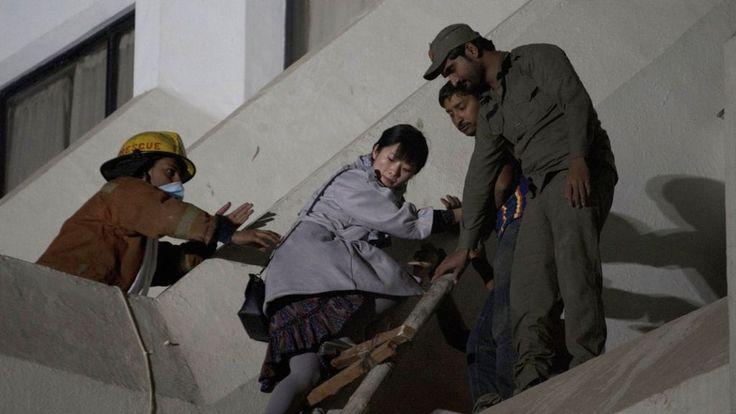Pakistan hotel fire: Eleven killed at Karachi's Regent Plaza #World #iNewsPhoto