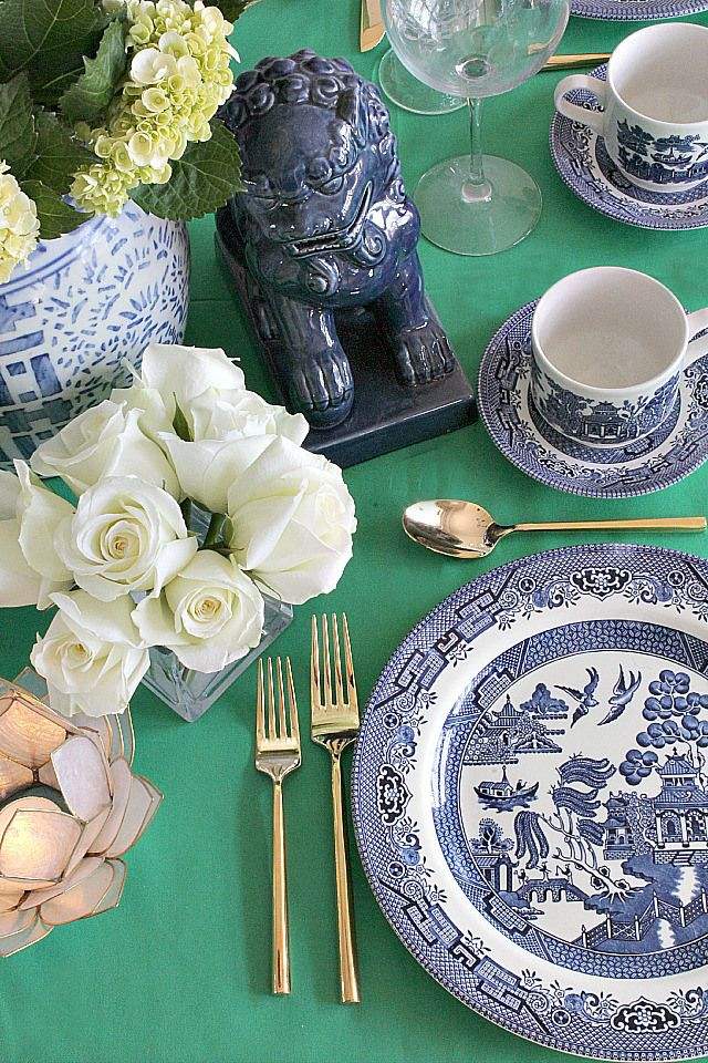Chinoiserie glam table via Bliss at Home