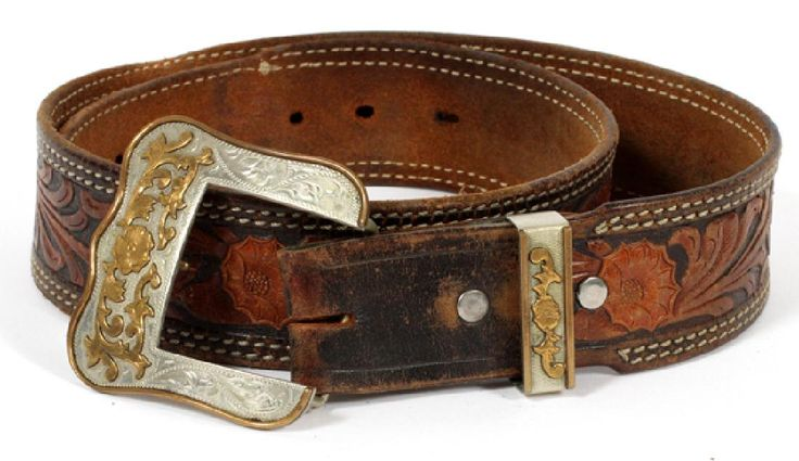 WESTERN LEATHER AND SILVER BELT : Lot 040413